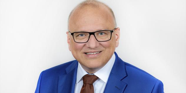 Dr. Mathias Hartmann